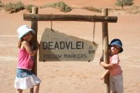 Dead Vlei with kids